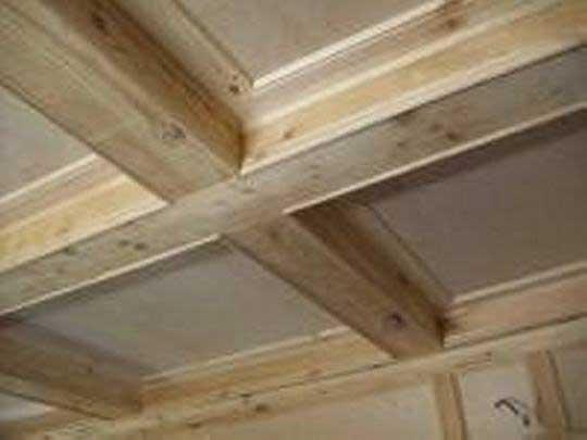 декор на потолке из фанеры